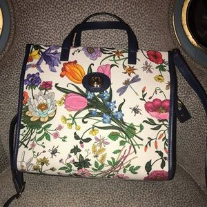 New Gucci floral tote!